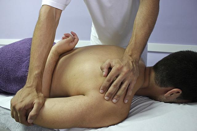 Ostéopathie dans une pathologie posturale, quel solution le centre du Pays Basque peut apporter
